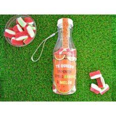 botella personalizada rellena de chuches sandía