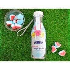 botella personalizada rellena de chuches_corazones